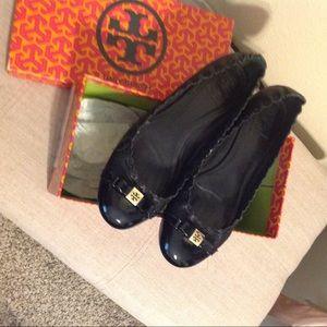 Tory Burch Leather Black Romy Flats 8.5
